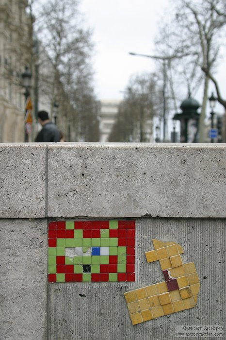 Space Invaders, Champs Elysees, Paris, France